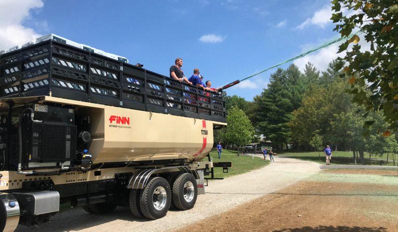 Finn Titan HT330/400 HydroSeeder® full