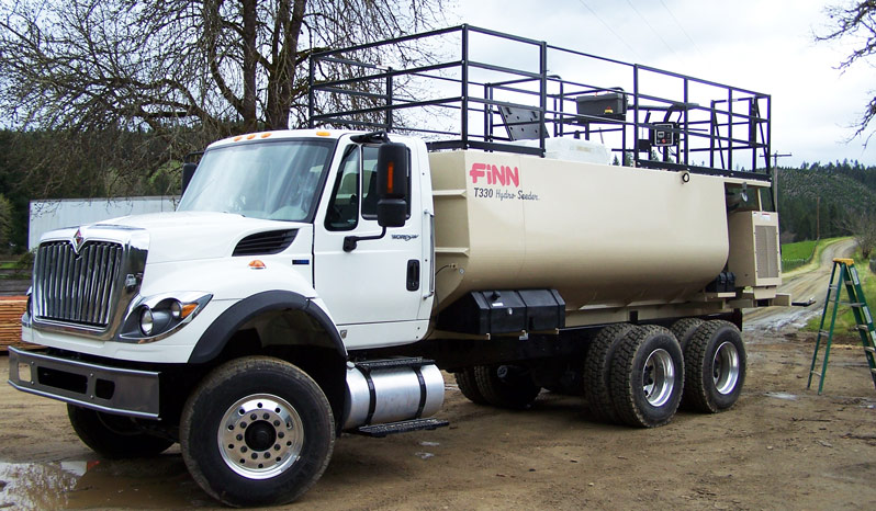 Finn T330 HydroSeeder full